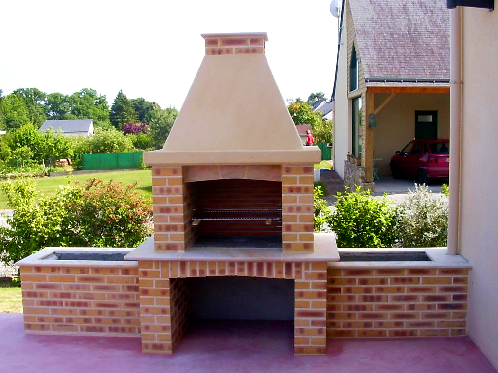 Installation Barbecue St Aubin des Chateaux